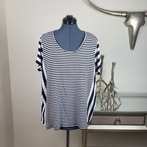 Michael kors box tee